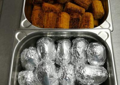 Ofenkartoffeln mit gegrilltem Mais